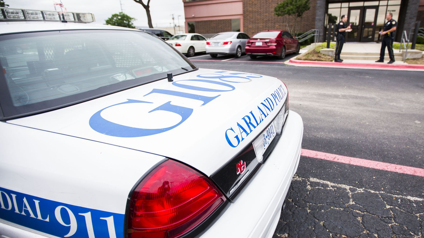 EEUU: Roban casa en Garland con engaño de que 'su agua tiene covid-19' (The Dallas Morning News)