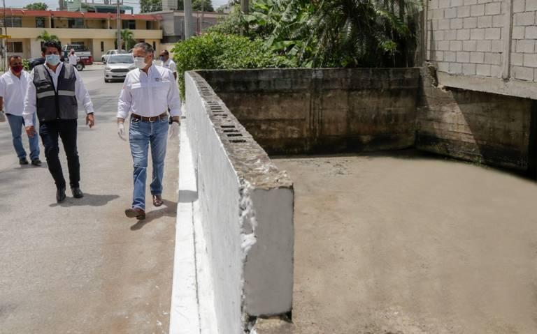 Tamaulipas: Gobierno de Oseguera da mantenimiento a drenes y canales (El Sol de Tampico)
