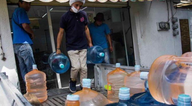 CDMX: El IPN prueba que la mitad de los garrafones de agua que se venden contienen residuos fecales (Sin Embargo)