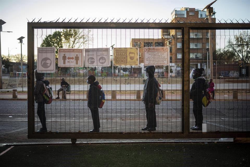 Sudáfrica: Faltan agua y jabón en 43% de escuelas.- ONU (Reforma)