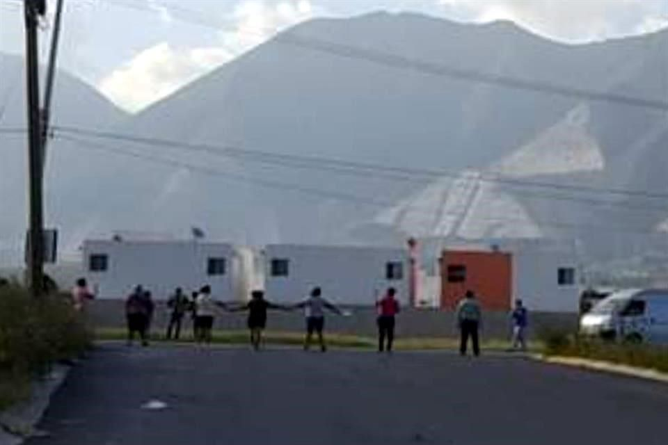 Nuevo León: Protestan vecinos de Escobedo por cortes de agua (El Norte)