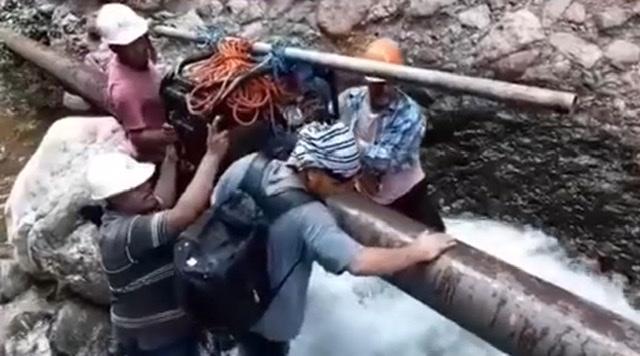 Oaxaca: En Cuicatlán, personal de Servicios Municipales repara ruptura del tubo general de agua potable (Diario Marca)