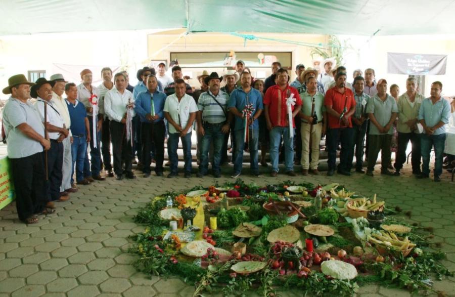 Oaxaca: Exigen a Conagua publicar decreto para garantizar agua a 16 pueblos zapotecas de Oaxaca (El Universal)