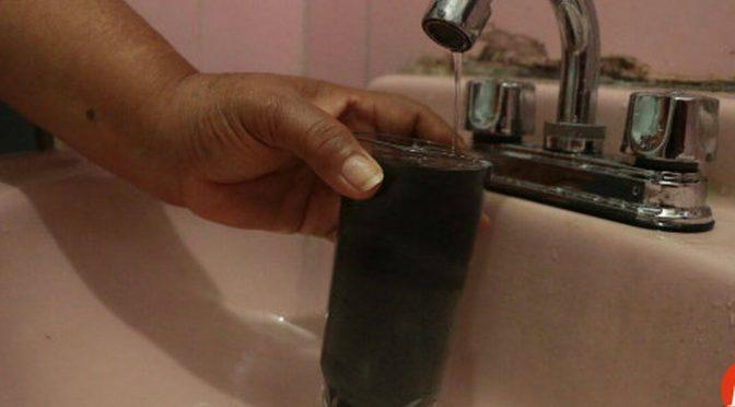 Hidalgo: Vecinos afectados por mala calidad del agua en Paseos de Chavarría. (Milenio)
