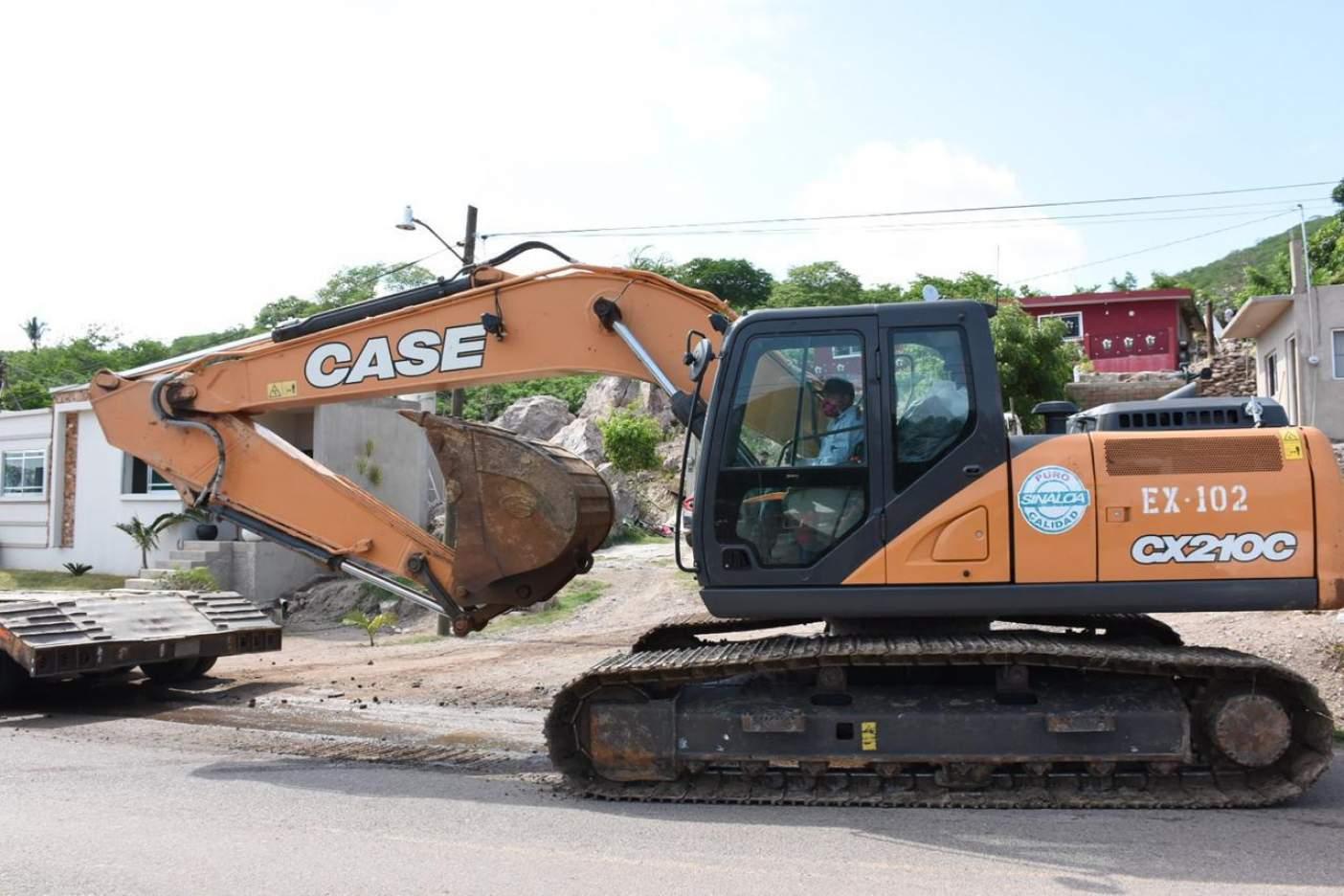 Sinaloa: En Rosario desazolvan canal Cajón Ojo de Agua. (Noroeste)