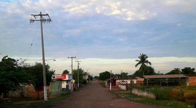 Sinaloa: En Escuinapa, les cobran el agua… pero no la tienen. (El Sol de Mazatlán)