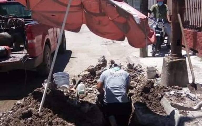Sinaloa: Repuntan reportes de fugas de agua en Escuinapa. (El Sol de Mazatlán)