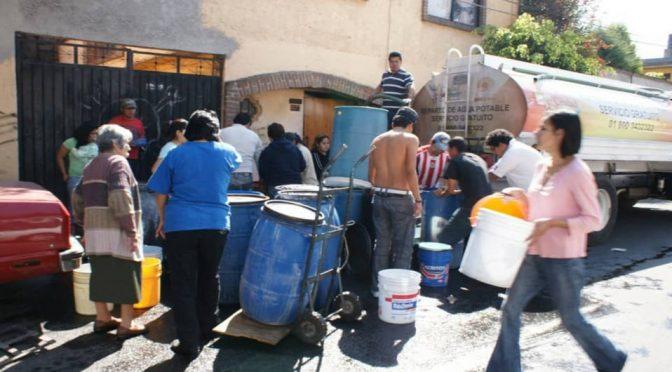 CDMX: Sin agua potable, hogares mexicanos pagarán más por jugos y refrescos: expertos. (Milenio)