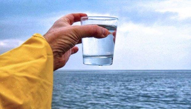EEUU: Transforman agua de mar en agua potable en menos de 30 minutos usando luz solar (Zócalo)