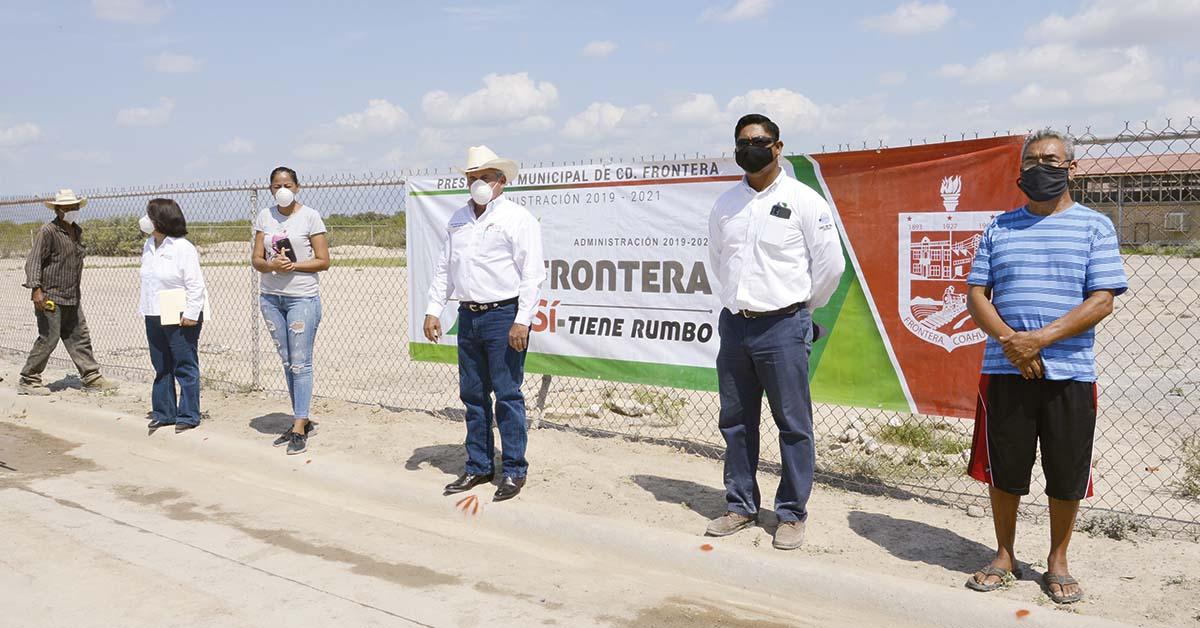 Coahuila: Introducen agua potable en La Cruz (La Voz de Coahuila)