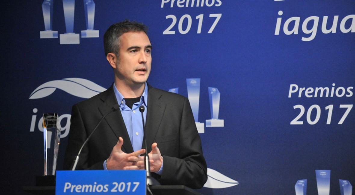 """España: Jordi Oliveras: """"Ofrecer agua no envasada gratis podría acercar el agua del grifo a la población"""" (iagua)"""