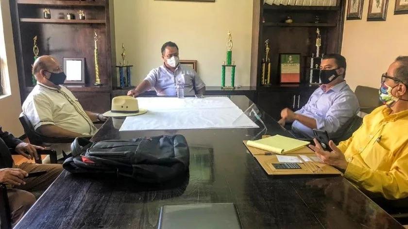 Baja California: Donarán ejidatarios predios para tanques de agua en Maneadero (El Imparcial)