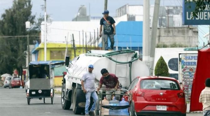 EDO. MÉX. : Extienden a Edomex abuso de piperos de agua. (Luces de Siglo)