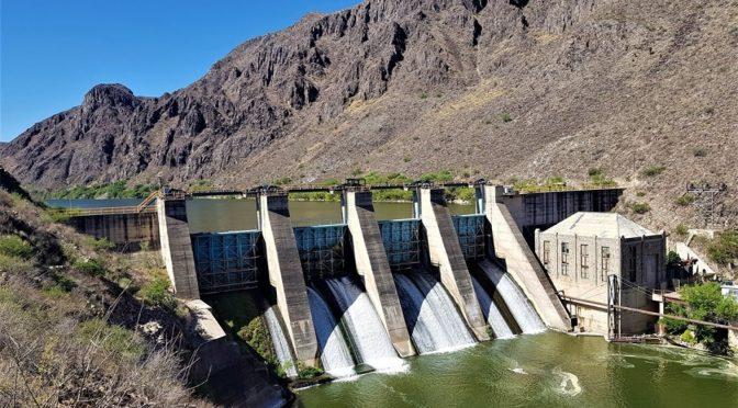 Interponen controversias 17 alcaldes contra pago del agua por tratado de 1944 con EU (La Jornada)