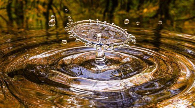 Ahora el agua aumenta más que la gasolina (El Financiero)