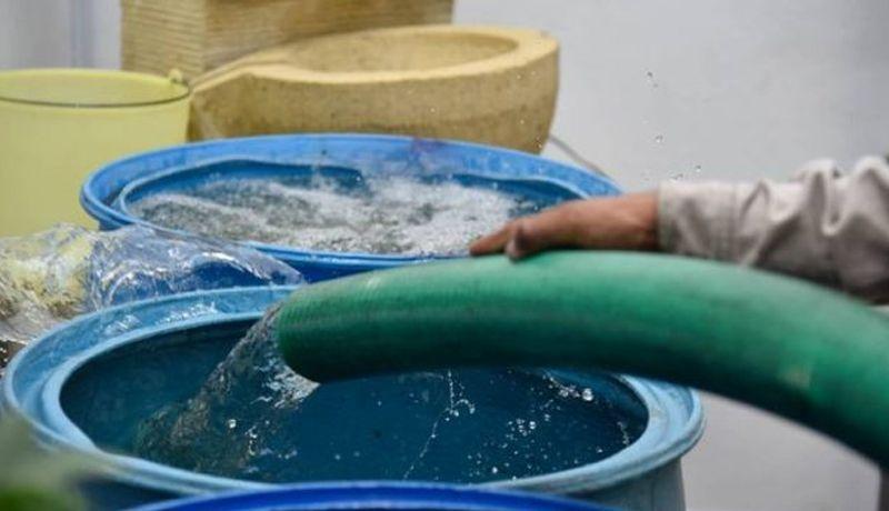 Epmaps repara fuga de agua en Conocoto (TVC)