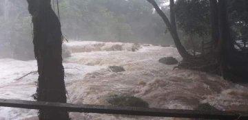 Se desborda el río de las Cascadas de Agua Azul en Chiapas (Diario de Yucatán)