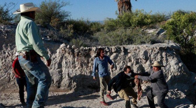 Coahuila: Golpean y amenazan de muerte a activistas en Cuatro Ciénegas. (Vanguardia)