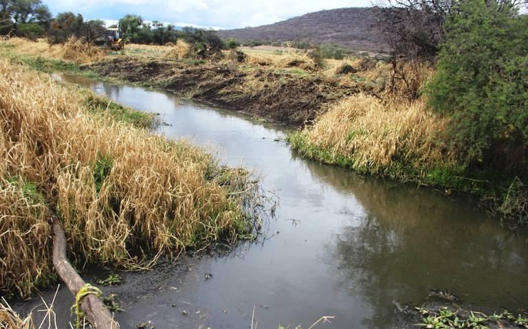 Capacitan a personal de El Salto sobre límites de máximos contaminantes de aguas residuales (El Occidental)