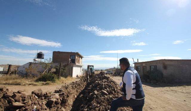 Reduce Municipio rezago de agua potable en colonias vulnerables (El Sol de Durango)