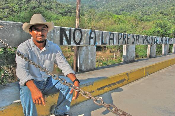 Oaxaca: Asesinan a Fidel Heras Cruz defensor comunitario de Paso de la Reina (DenunciaOaxaca.org)