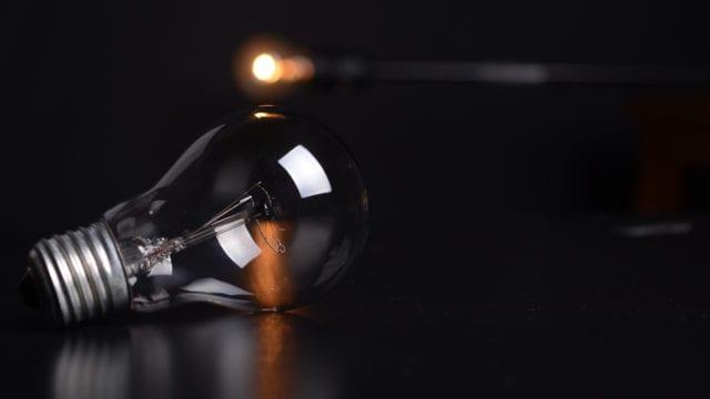 Fallas en energía eléctrica son responsabilidad del gobierno: Clúster de Energía (Forbes)