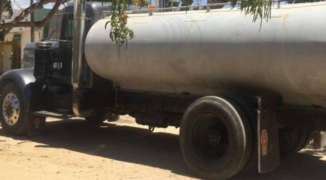 Baja California Sur: Agua en pipas, un gasto que merma la economía familiar (Sudcaliforniano)