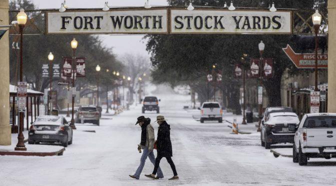 EUA: Fort Worth: Piden hervir el agua antes de usarla, después de que apagones afectan agua potable  (dallasnews.com)