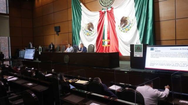Comisión de Energía de Cámara de Diputados avala iniciativa de AMLO sobre electricidad (Forbes México)