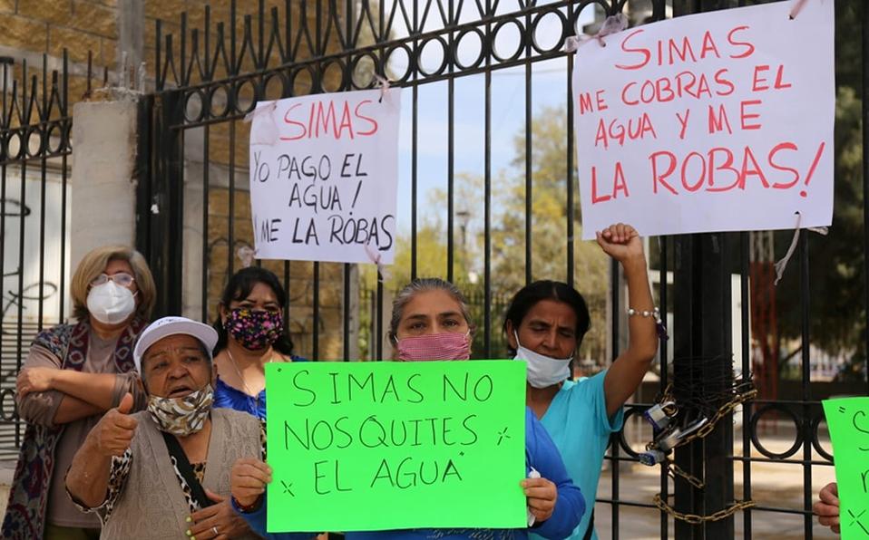 Coahuilas: En Torreón, vecinos de Valle Oriente se manifiestan por falta de agua (MILENIO)