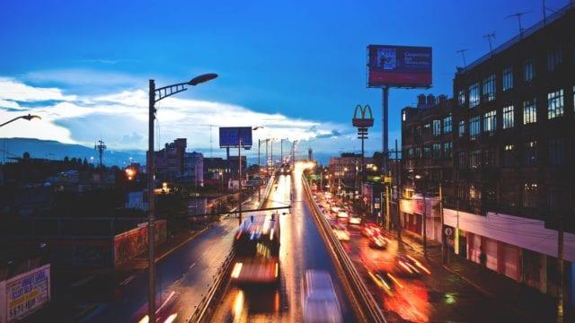 CFE reconecta luz a 99% de usuarios; consigue gas para 5 centrales eléctricas  (Forbes)