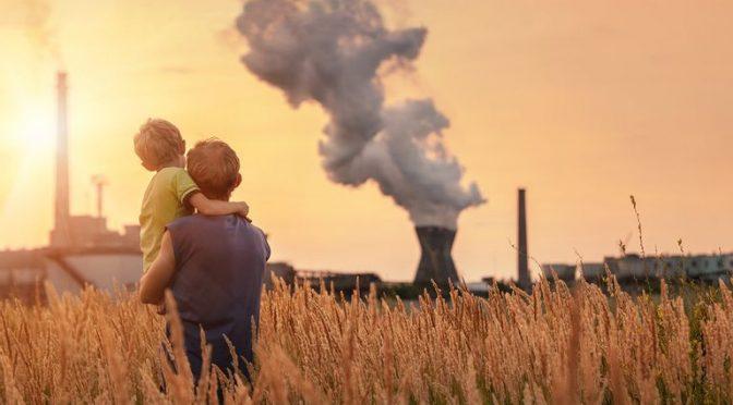 Niños en peligro: la contaminación del aire puede alterar sus genes (Meteored)
