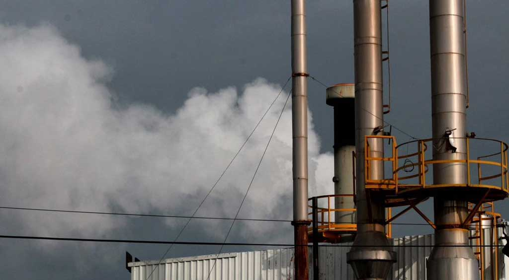 Guanajuato: Denuncian a la PAOT por no atender a empresas contaminantes (Periódico Correo)