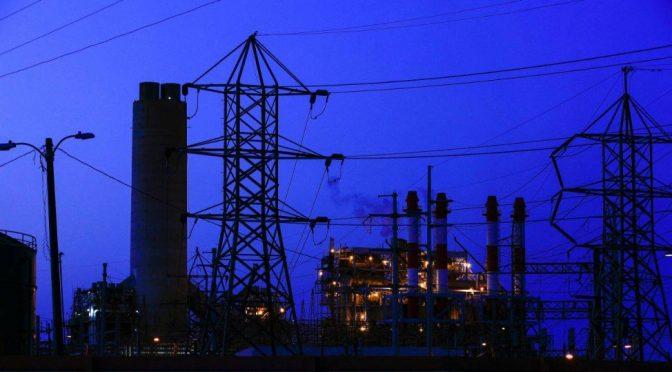 Falta de gas provoca apagón en estados del norte; reportan 400 mil usuarios sin luz (Forbes)