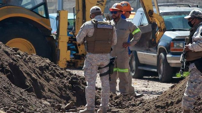 EDOMEX: Cierran compuertas de agua tras fuga de combustible en Ecatepec (EXCELSIOR)