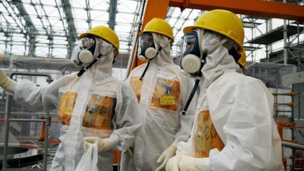 Japón mantiene su plan de echar al mar agua tratada en Fukushima (LA VANGUARDIA)