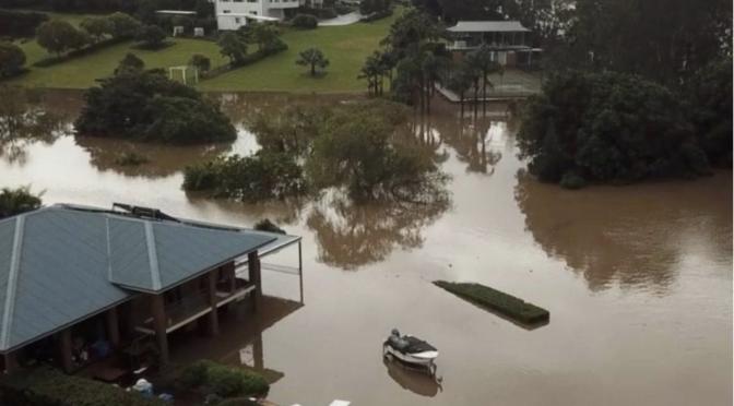 Australia bajo el agua por lluvias; hay miles de evacuados (Proyecto Puente)