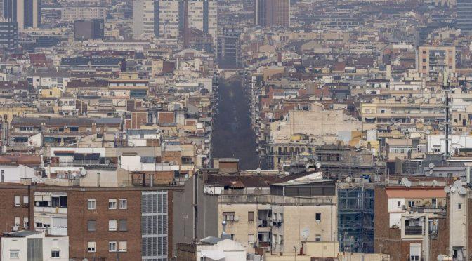Cataluña, inmersa en un episodio de alta contaminación por partículas en suspensión (El País)