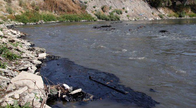 """Puebla- En semáforo rojo, 80% de ríos, cuencas y presas por """"fuerte contaminación"""": Conagua (La Jornada de Oriente)"""