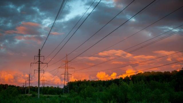 Lucha legal contra reforma eléctrica será difícil para empresas (Forbes México)