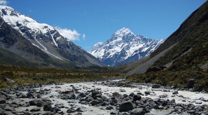 Mundo: La pérdida de glaciares acelera la putrefacción de materia orgánica en ríos (La Jornada)