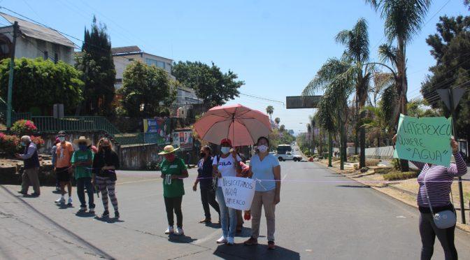 Mor: Con bloqueos exigen agua potable para colonias de Cuernavaca (La Jornada)