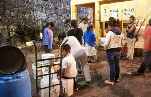 CDMX: En Coyoacán, acusan a partidos de usar agua como un botín político (La Jornada)
