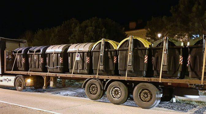 Medio Ambiente inicia la renovación de los contenedores de residuos (Acueducto Dos)