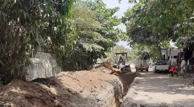 Mich: Rehabilitan redes de agua y drenaje sanitario en LC (Quadratín)