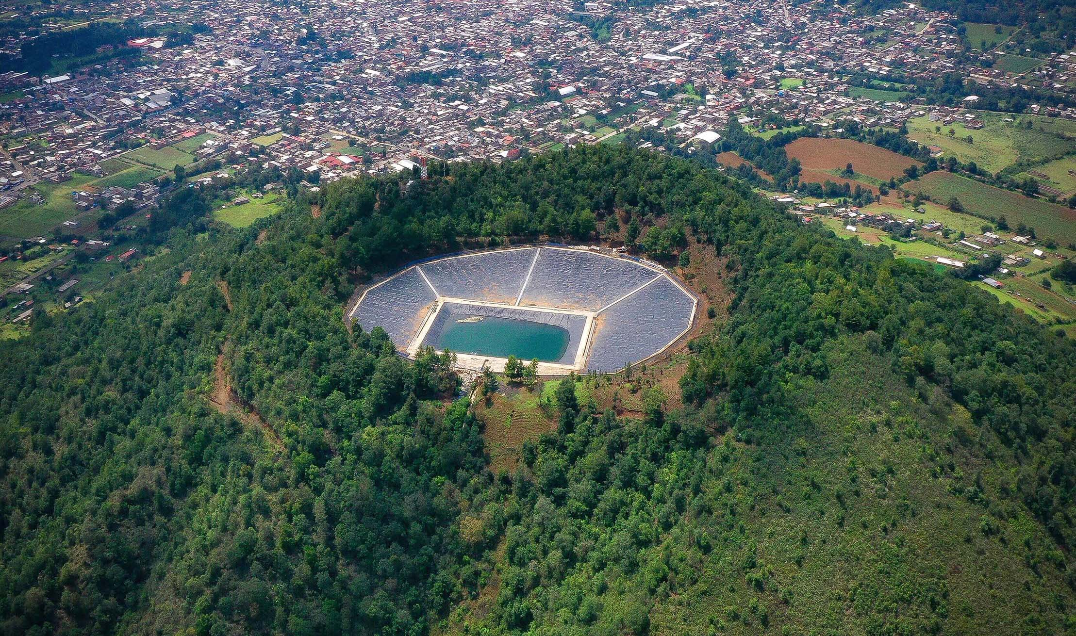 Mich: El captador de agua de lluvia más grande de Latinoamérica está en Cherán (México Desconocido)