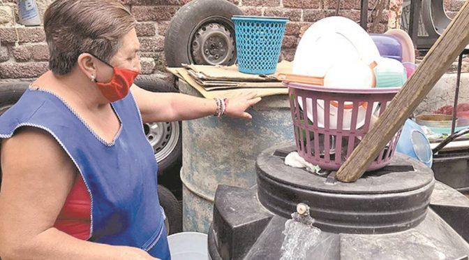 Agua no cae desde hace ocho años en colonias de Ecatepec (El Universal)