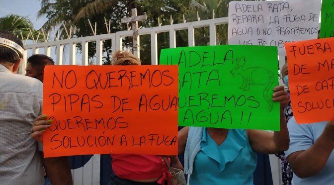 Gro: Colonos de Acapulco 'toman' instalación de rebombeo de agua potable (La Jornada)