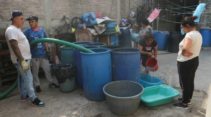 CDMX: Condonan pago de agua de últimos 6 años para habitantes de Iztapalapa (La Jornada)