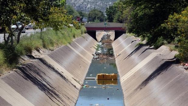 Comarca Lagunera, Mex- Laguneros siguen bebiendo agua con arsénico (Milenio)